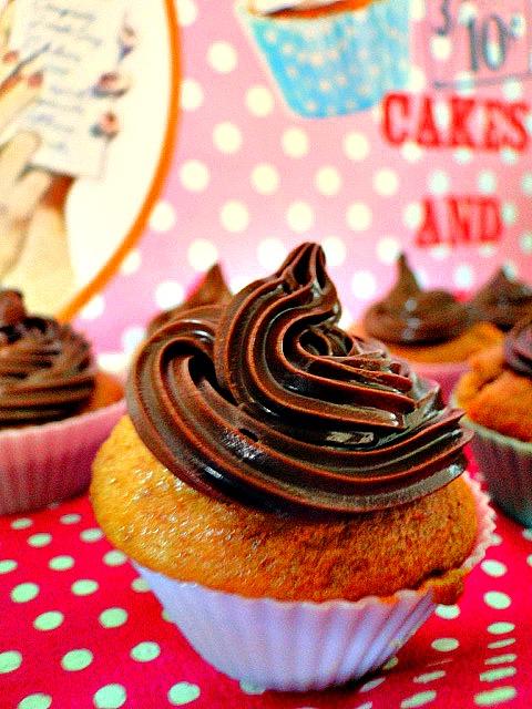 cupcakes au speculoos et gla age au nutella melie 39 s cooking. Black Bedroom Furniture Sets. Home Design Ideas
